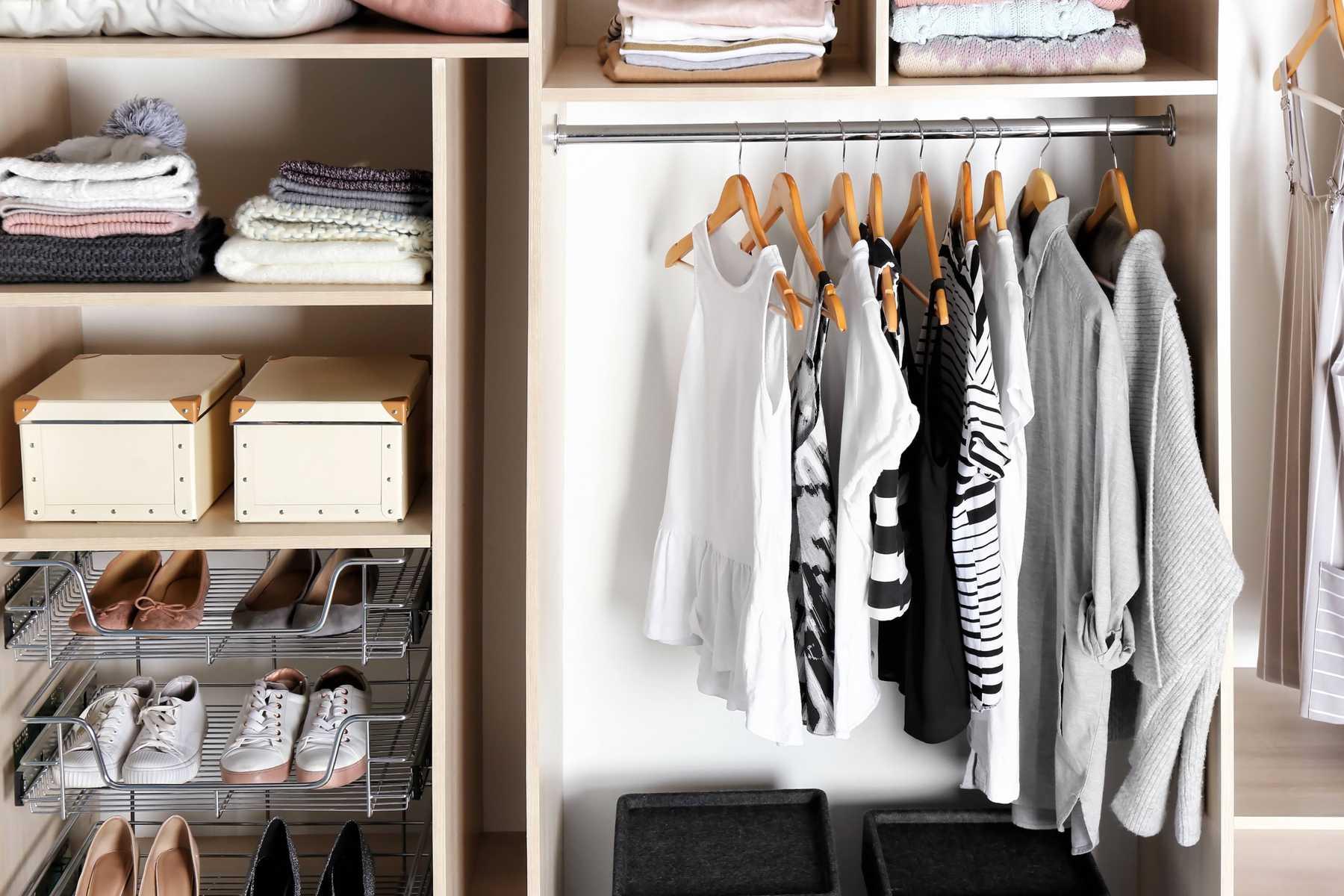 Không phải tất cả quần áo đều được cất giữ như nhau.