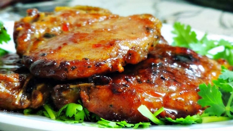 Thịt cốt lết rim nước tương