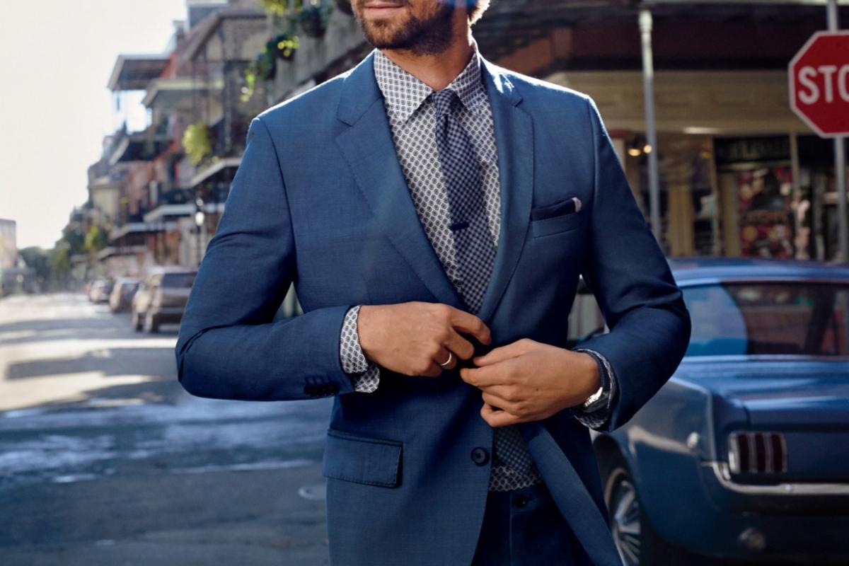 bạn không nên mặc suit trong buổi hẹn đầu