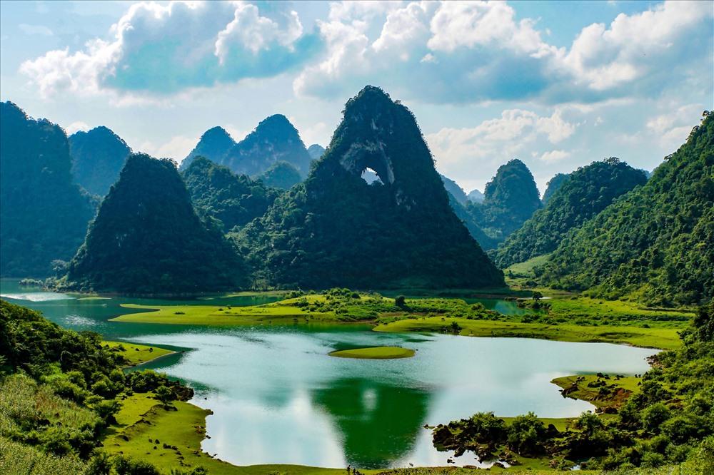 Đường đi đến núi Thủng Cao Bằng