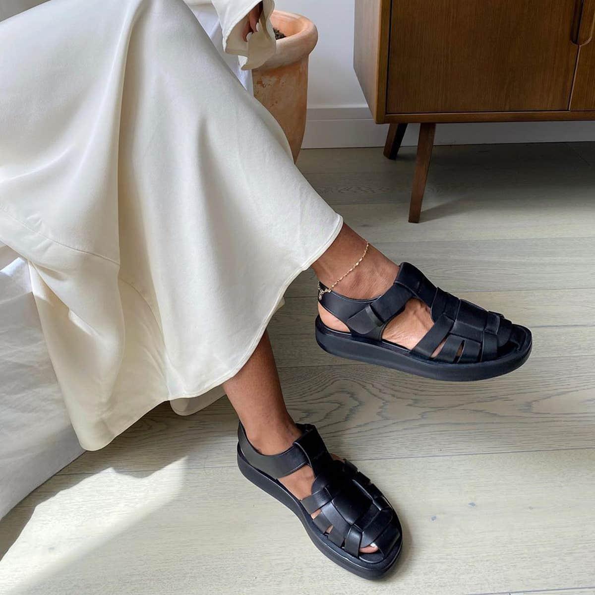 Một vài tiêu chí để lựa chọn được một đôi sandal rọ ưng ý