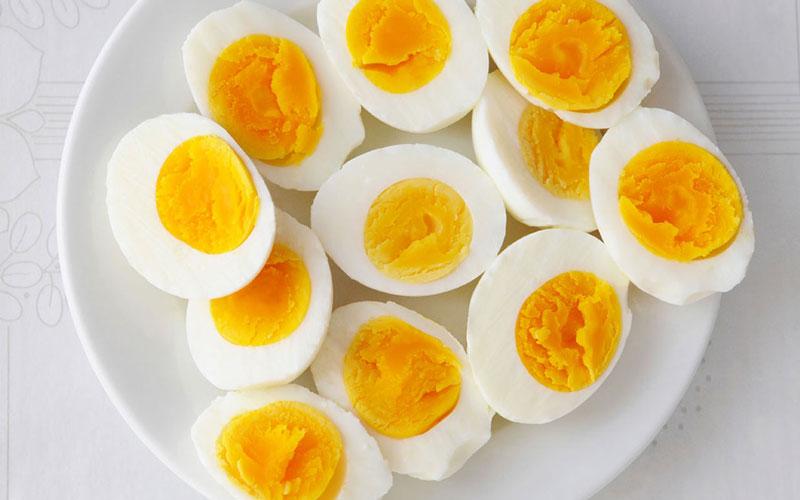 Cải thiện số đo vòng 3 với trứng gà