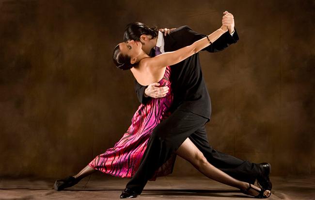 Khiêu vũ là môn thể thao giữ dáng thú vị nhất