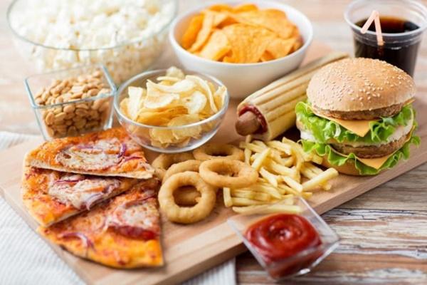 Tránh xa những thực phẩm có hại cho cơ