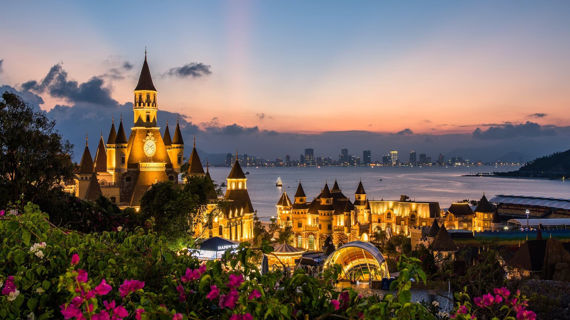 Chúng ta nên hạn chế đi du lịch Nha Trang vào mùa mưa
