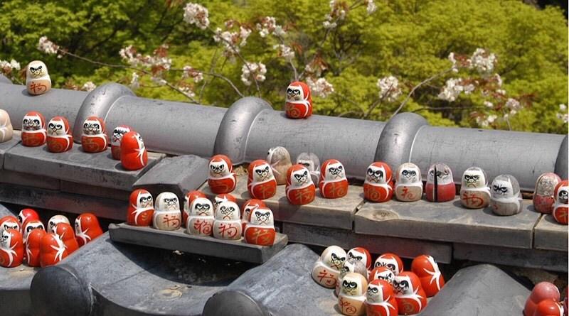 Điểm thu hút khách du lịch của chùa Katsuoji Nhật Bản