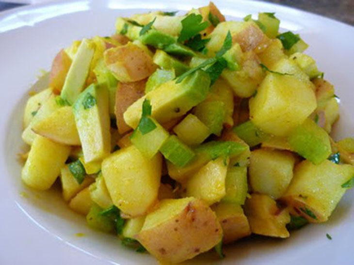 Cách làm món Salad bơ khoai tây nướng
