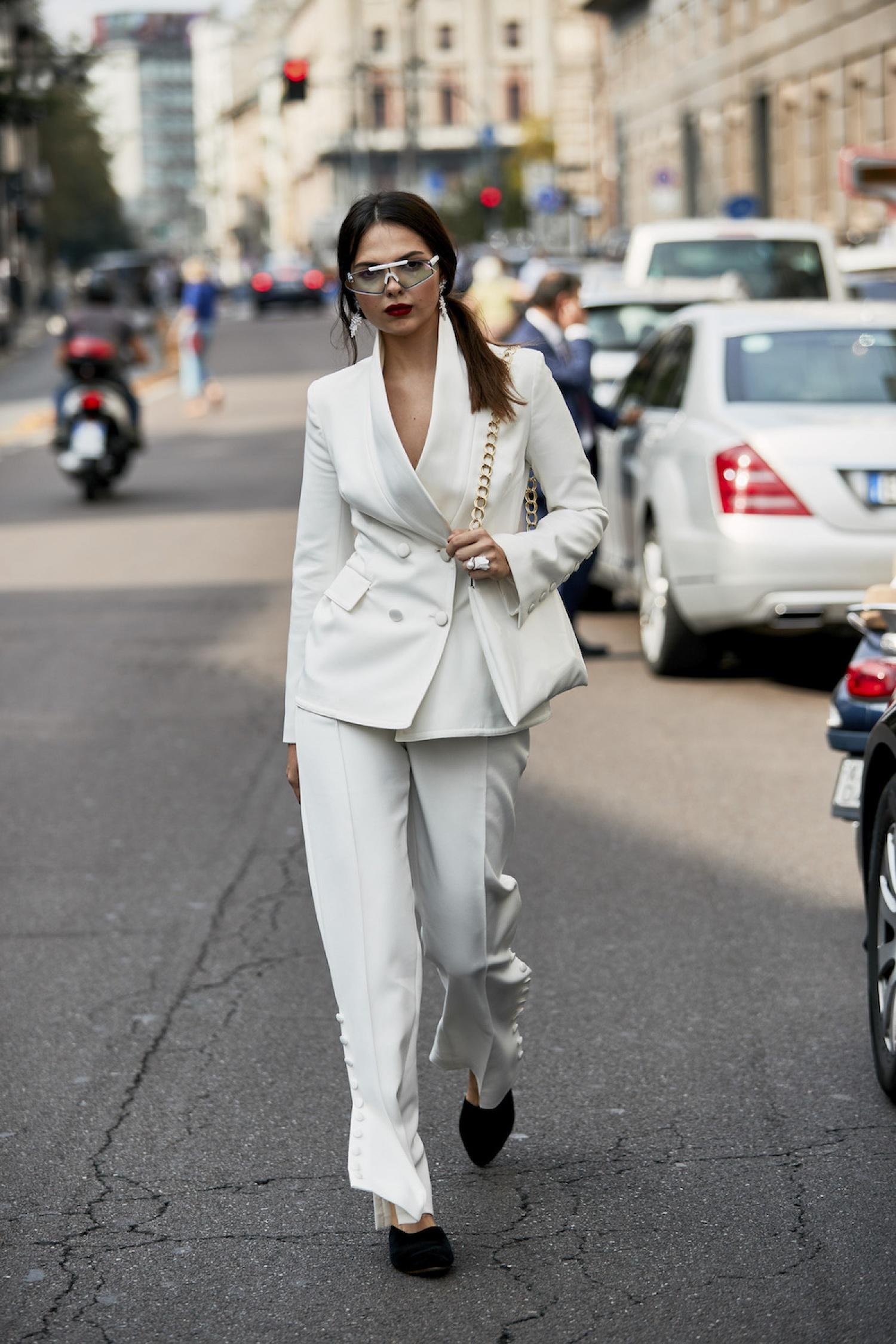 Cách phối đồ cùng trang phục veston để trông thời thượng hơn